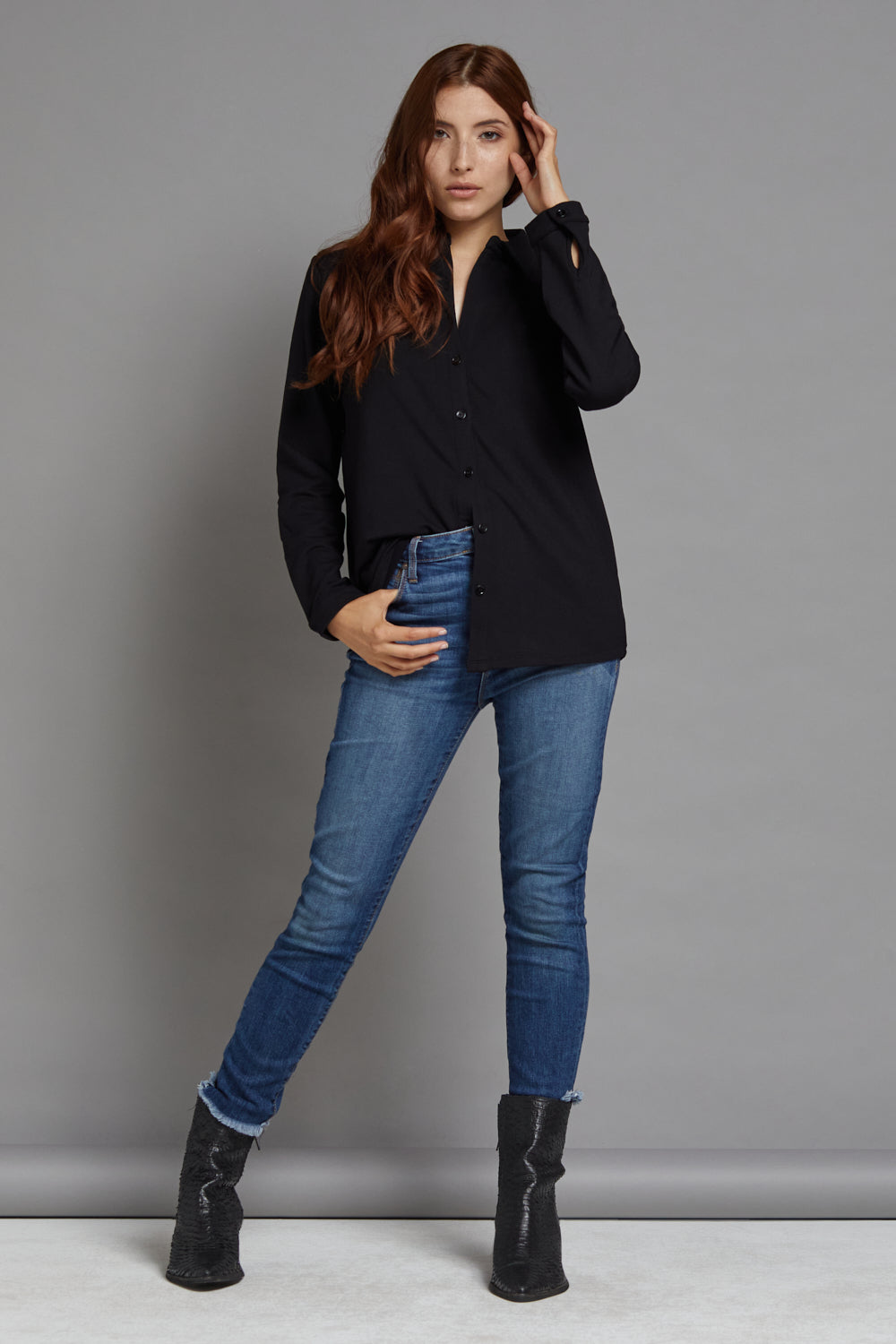 Majestic Long Sleeve French Touch Button Down in Noir