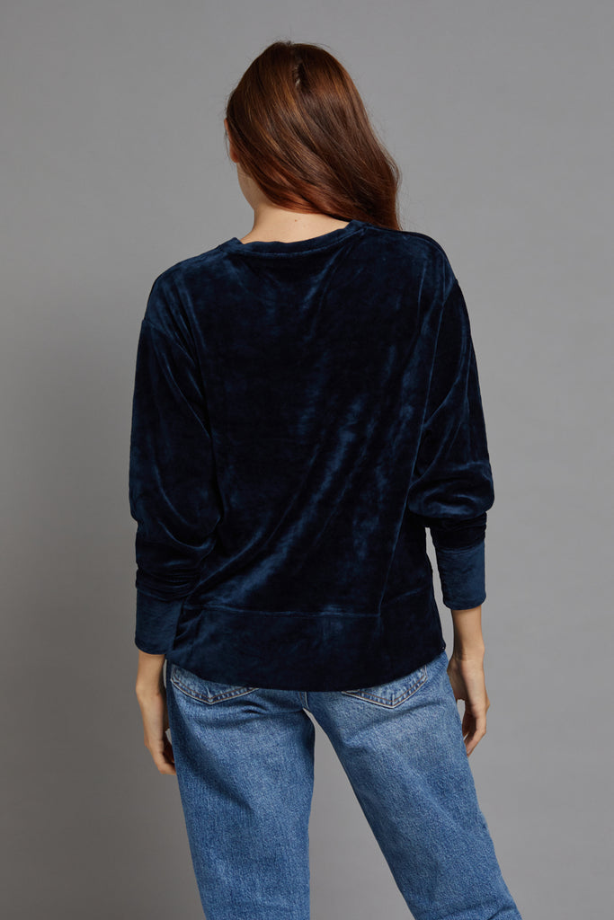 Majestic Long Sleeve Pullover in Ombra