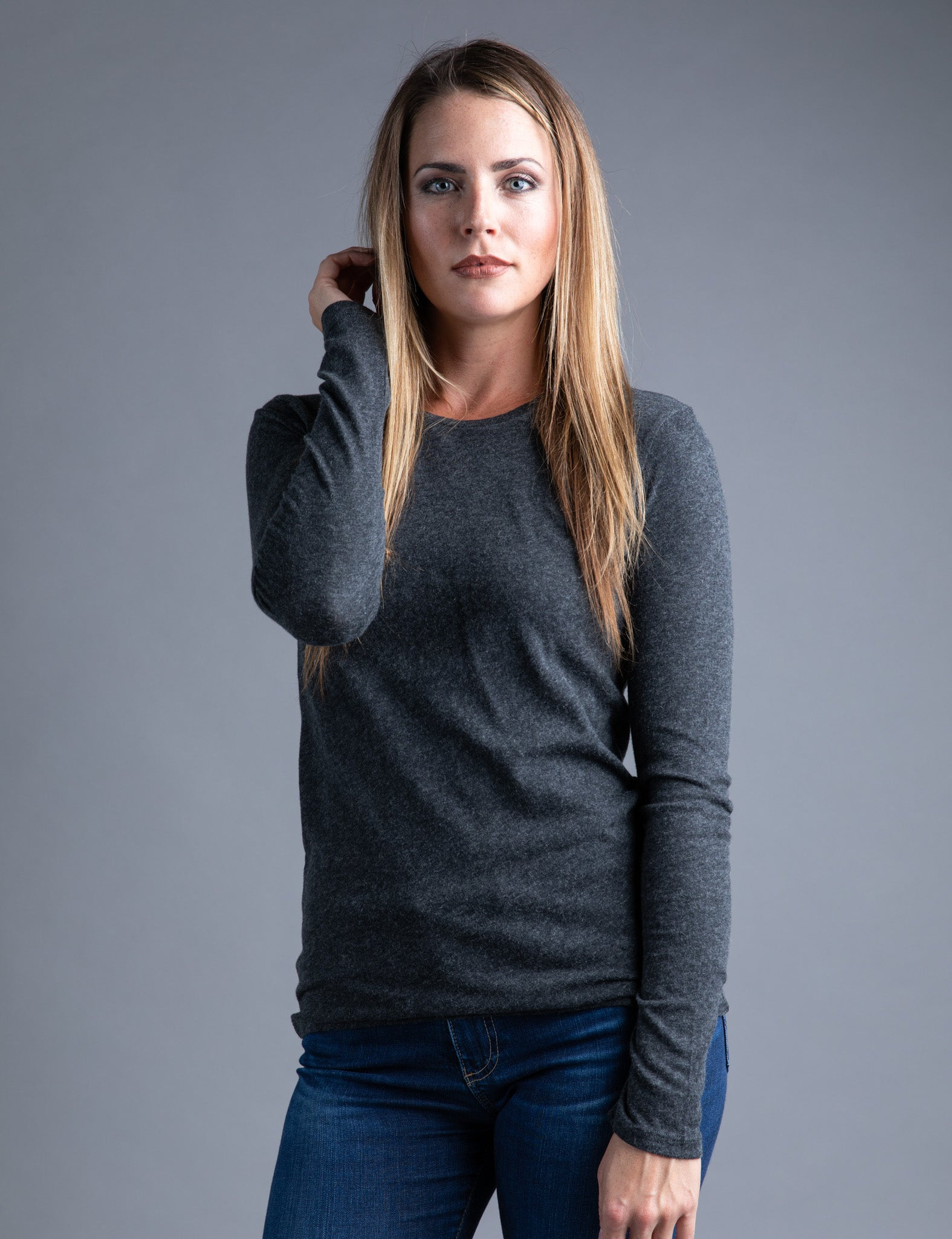 Majestic Long Sleeve Cotton/Cashmere Tee in Anthracite