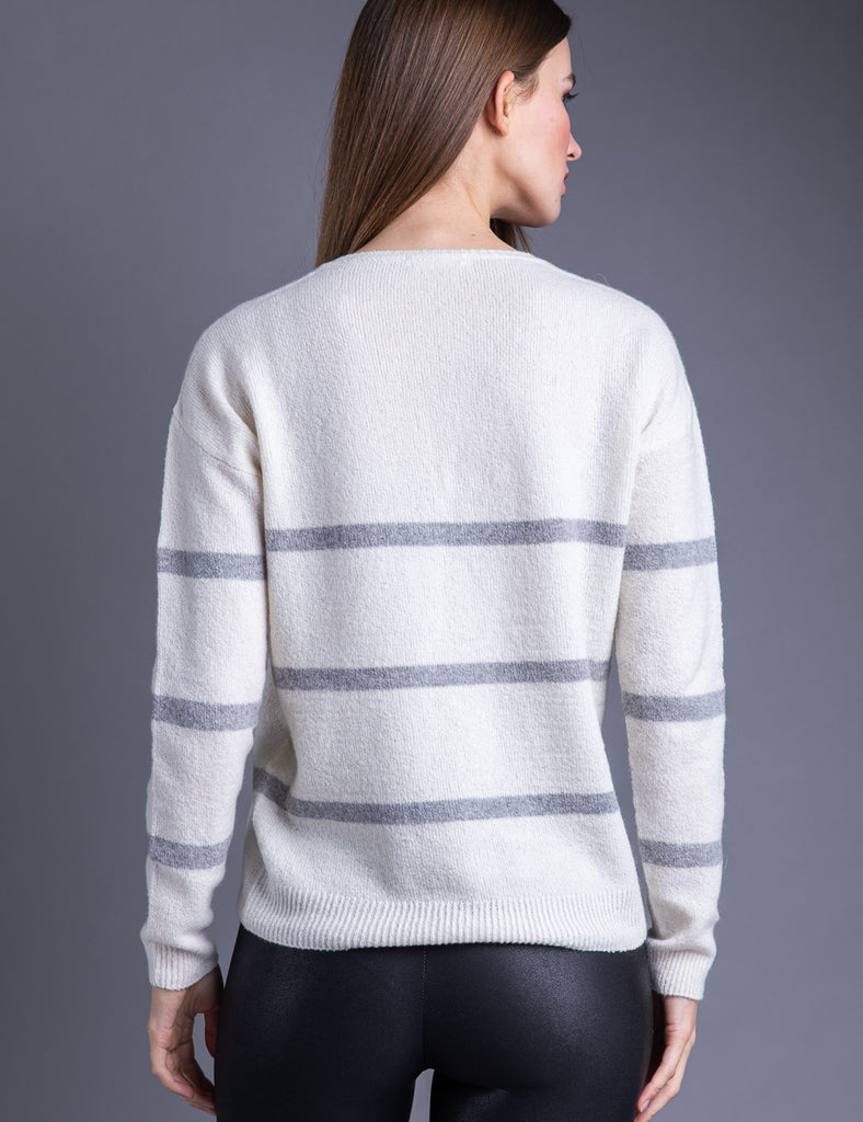 Majestic Cashmere Long Sleeve V-Neck in Milk/Gris Chine Clair