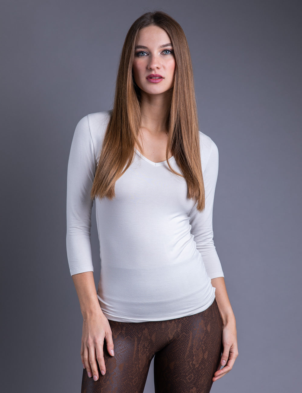 Majestic 3/4 Sleeve Flat Edge V-Neck Tee in Grege