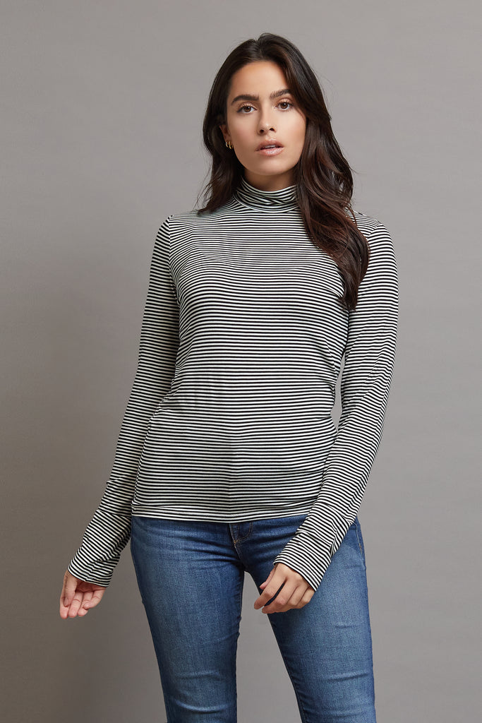 Majestic Long Sleeve Viscose Striped Mockneck in Milk/Noir
