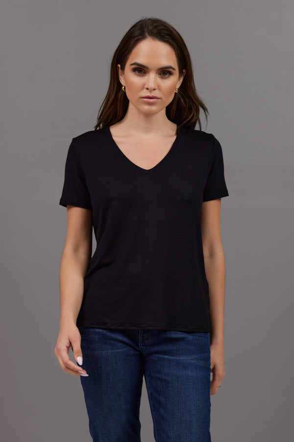 Majestic Soft Touch Semi Relaxed  V-Neck Tee in Black