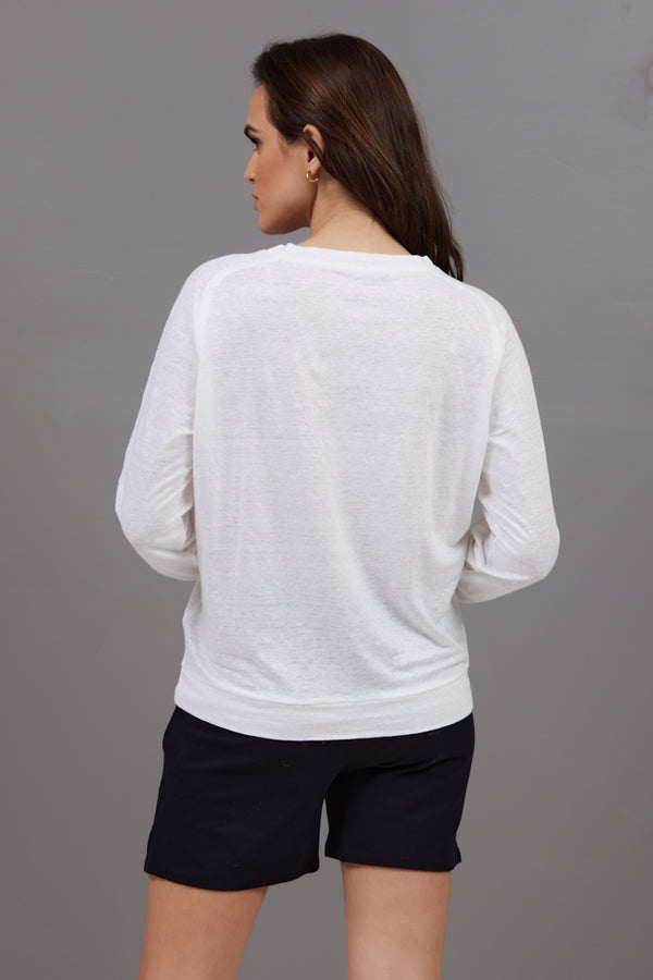 Majestic Long Sleeve Linen Pullover in Blanc
