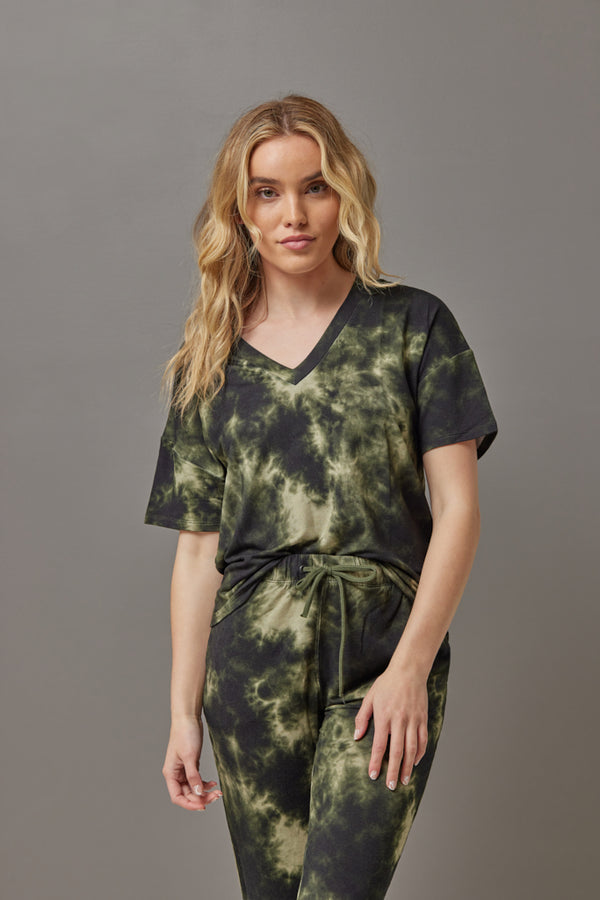 Majestic French Tie Dye Semi Relaxed V Neck in Kaki