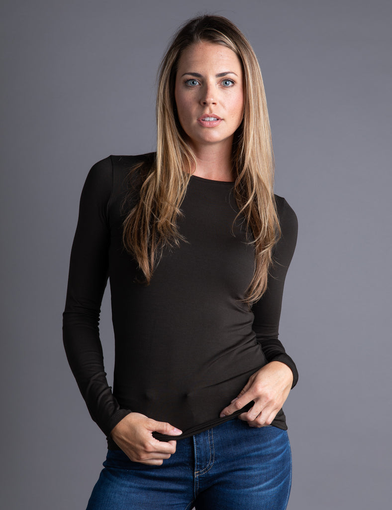 Majestic Long Sleeve Viscose Crewneck in Chocolate