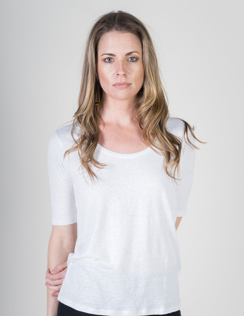 Majestic Linen Elbow Sleeve Scoop Tee in White