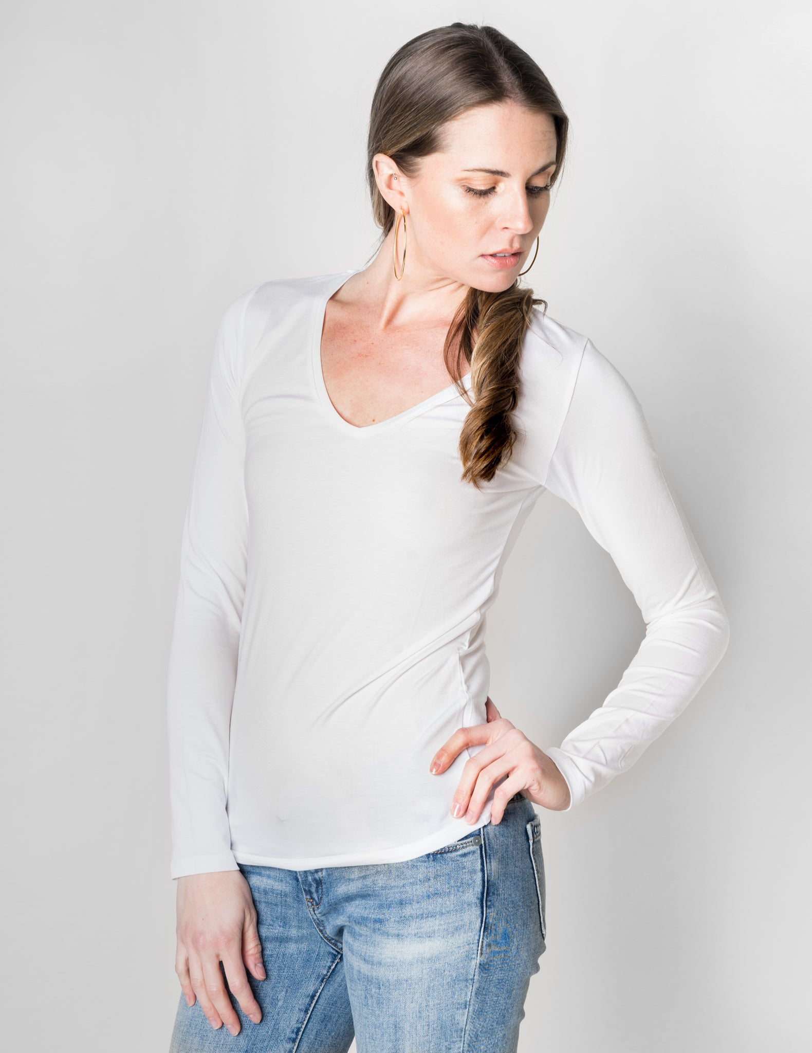 Majestic Long Sleeve Viscose V-Neck Tee in White