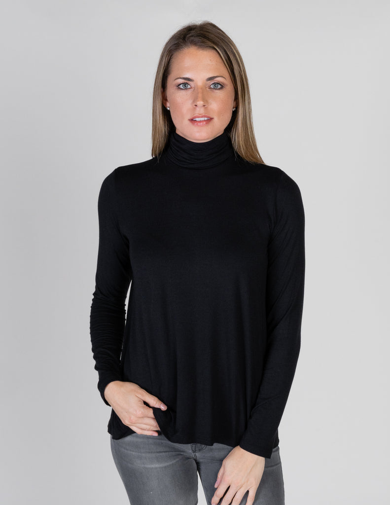 Majestic Long Sleeve Swing Turtleneck in Black