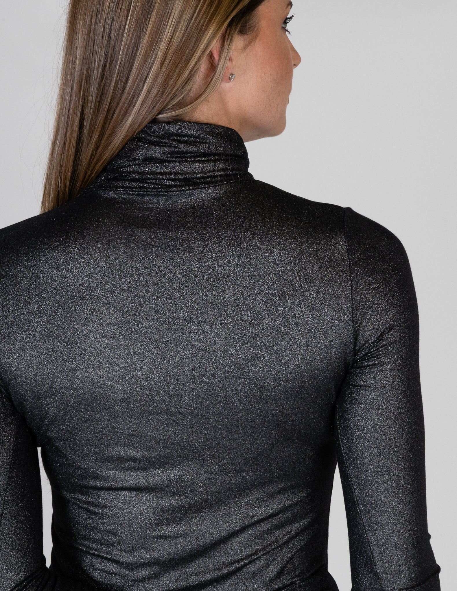 Majestic Metallic Long Sleeve Turtleneck in Metal Black