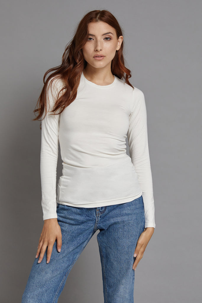 Majestic Long Sleeve Viscose Crewneck in Milk