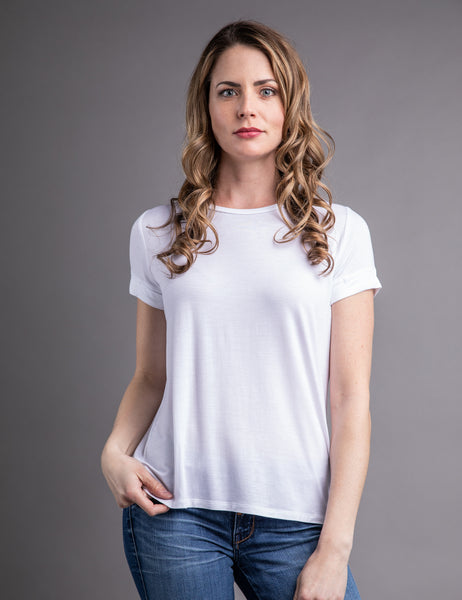 Majestic Short Sleeve Crewneck Relaxed Tee in Blanc