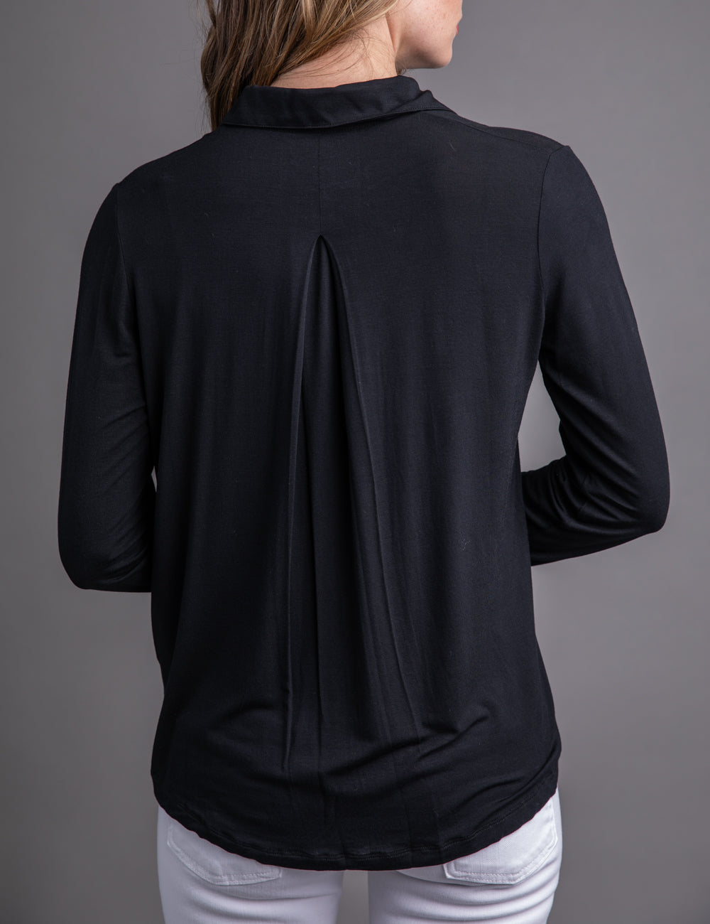 Majestic Long Sleeve Relaxed Button-Down Shirt in Noir
