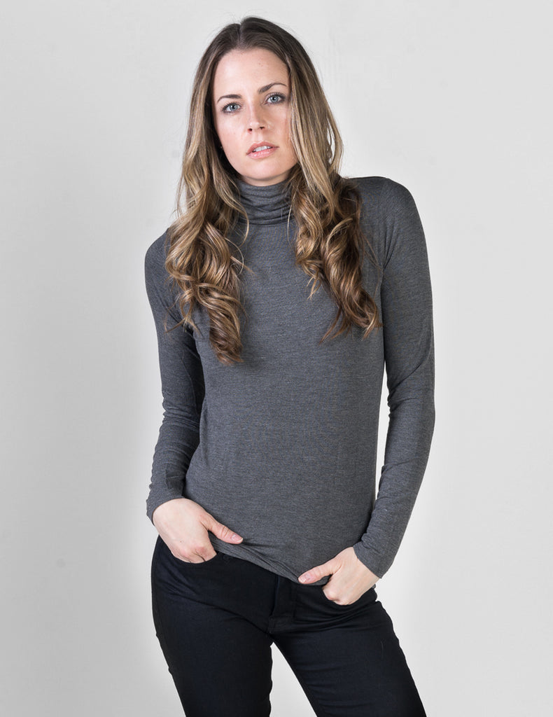 Majestic Long Sleeve Viscose Turtleneck in Flanelle