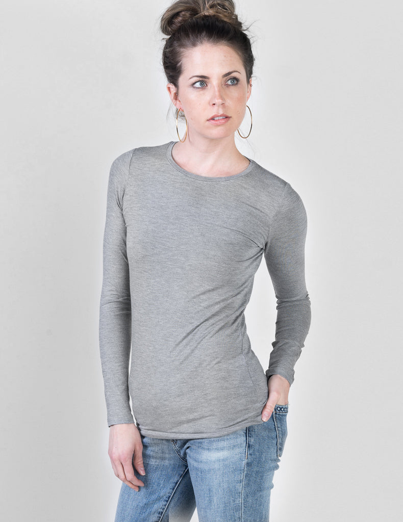 Majestic Long Sleeve Viscose Crewneck in Heather Grey