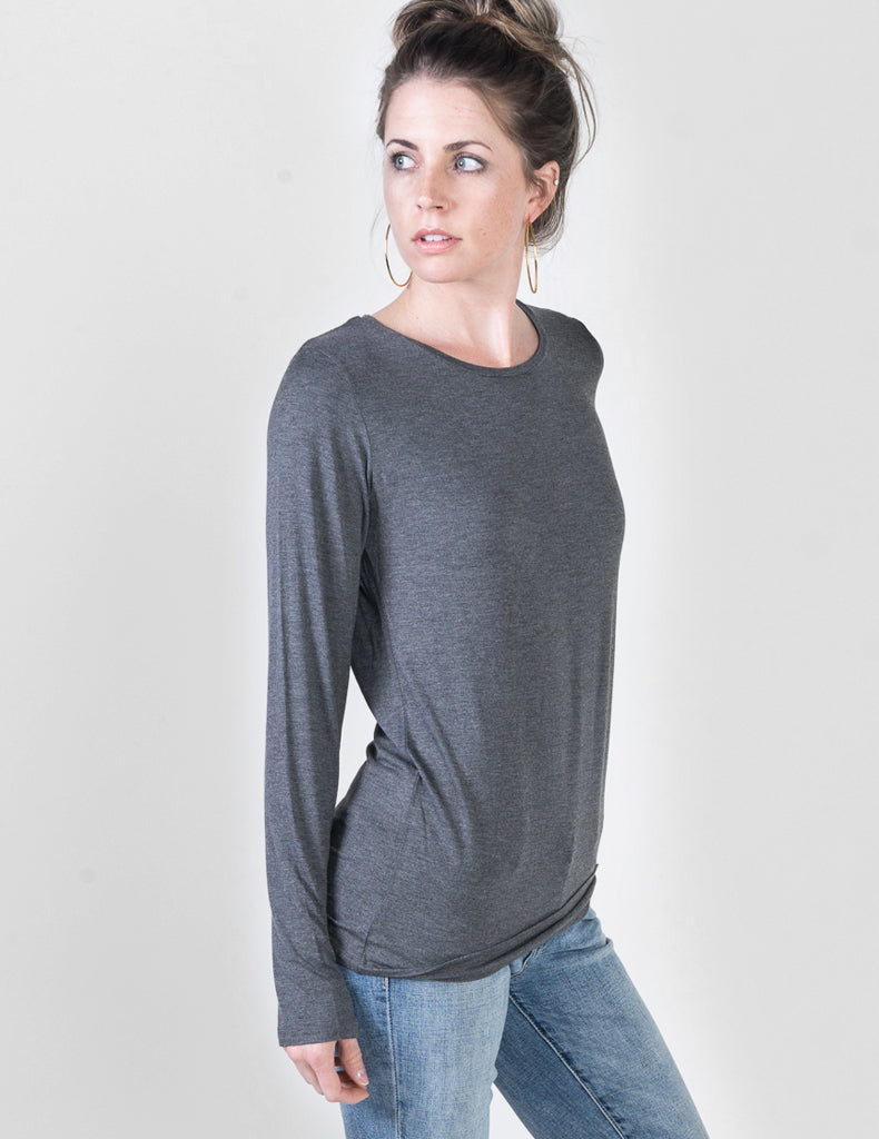 Majestic Long Sleeve Viscose Crewneck in Flanelle