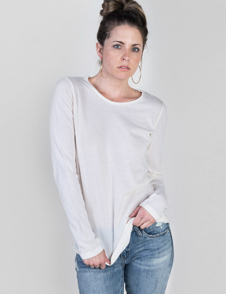 Majestic Long Sleeve Cotton/Cashmere Tee in Milk White