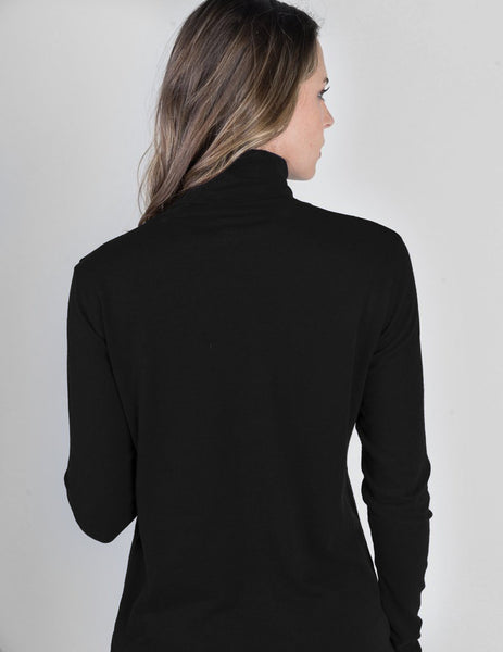 Majestic Long Sleeve Cotton/Cashmere Turtleneck in Black