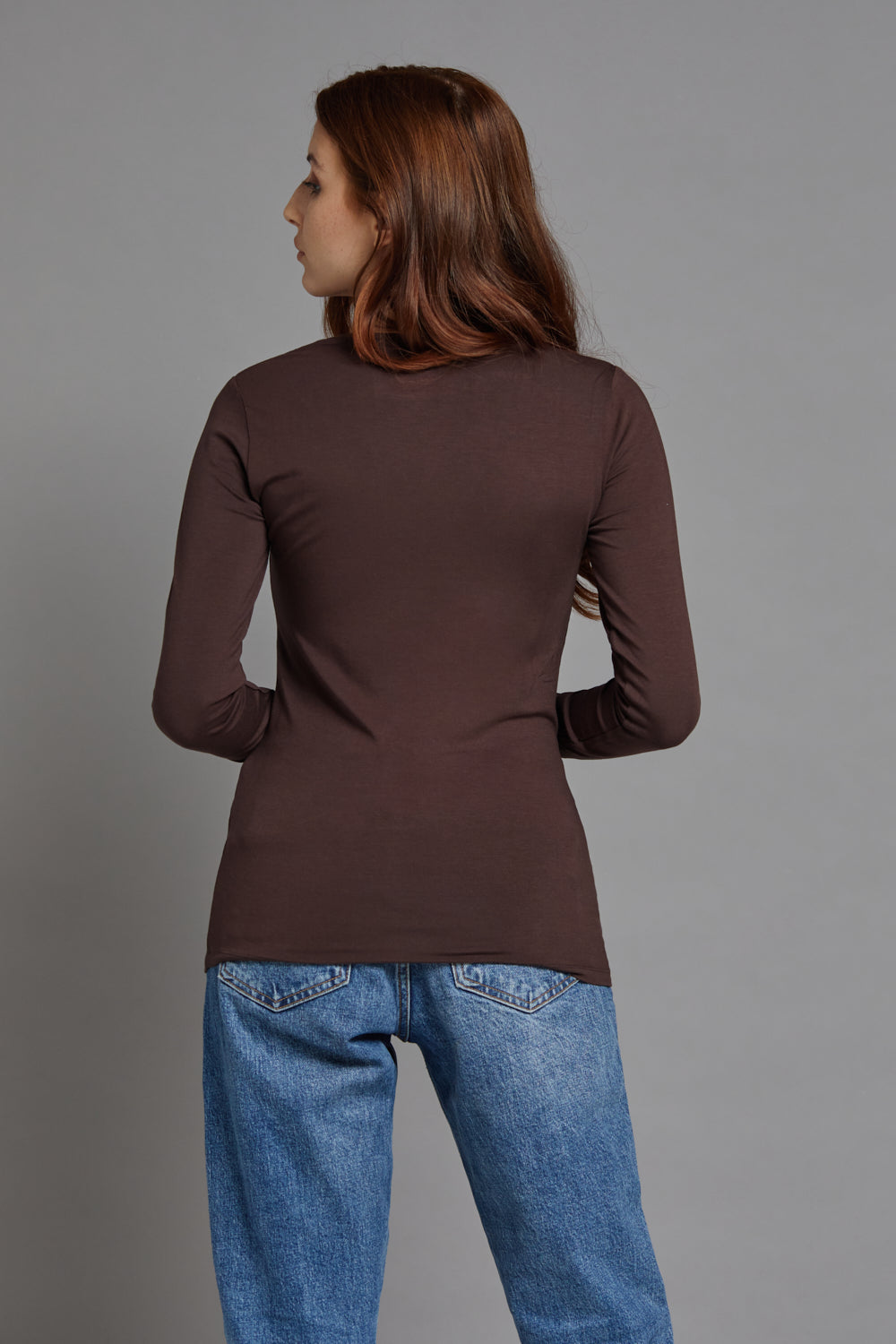 Majestic Long Sleeve Viscose V-Neck Tee in Coffee