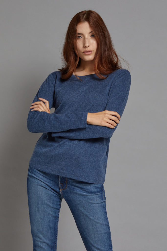 Majestic Long Sleeve Cotton/Cashmere Crewneck Tee in Denim/Anthracite