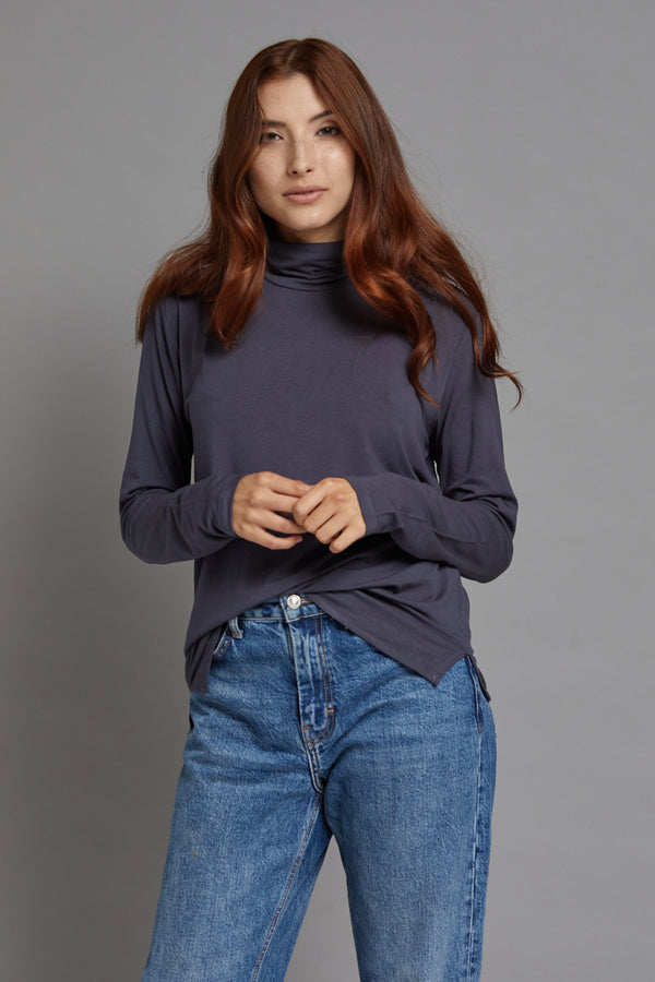 Majestic Long Sleeve Viscose Boxy Turtleneck in Ombra