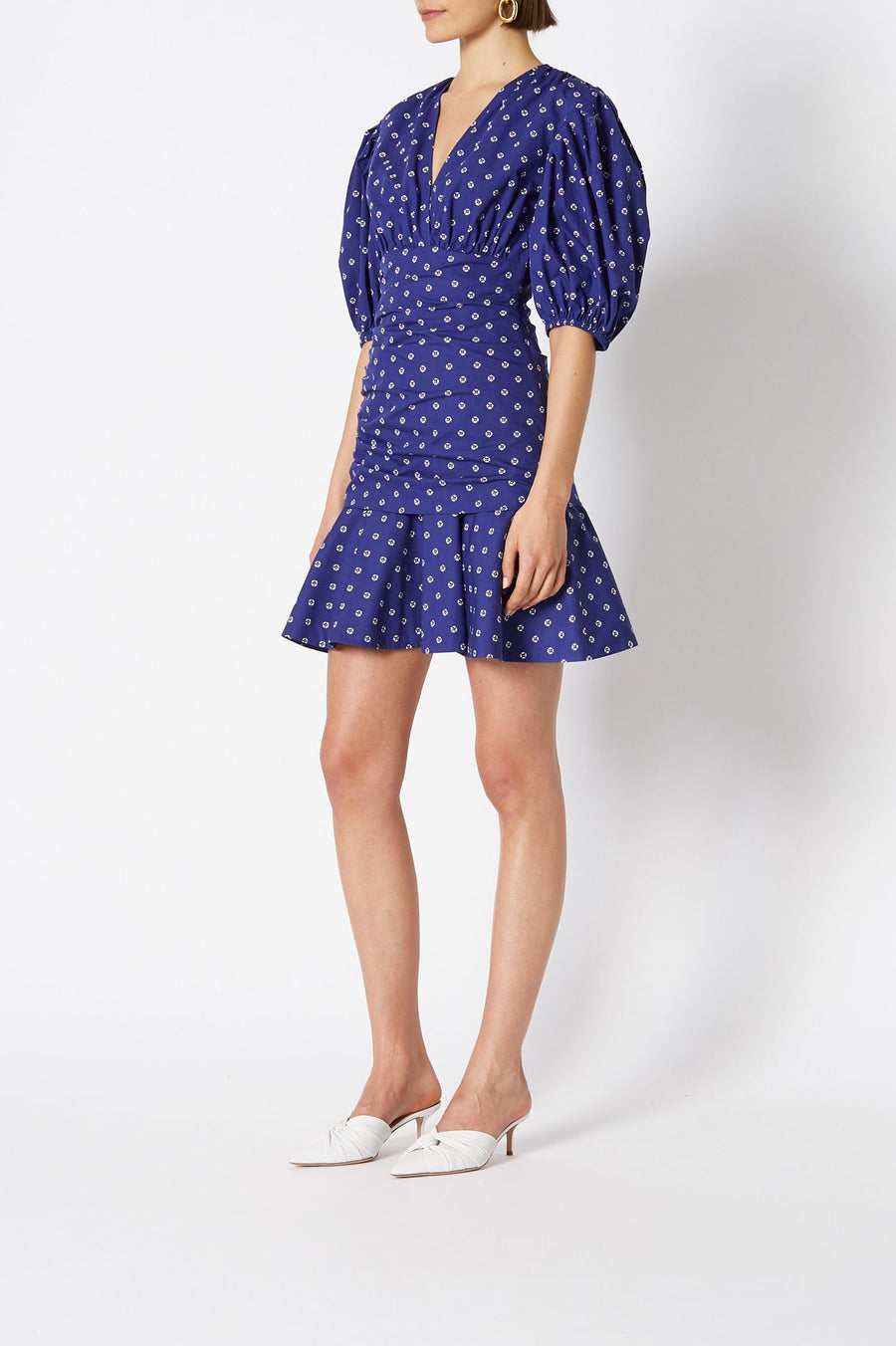 BANDANA PRINT COTTON DRESS, V NECK, FALLS ABOVE KNEE, COLOR BLUE