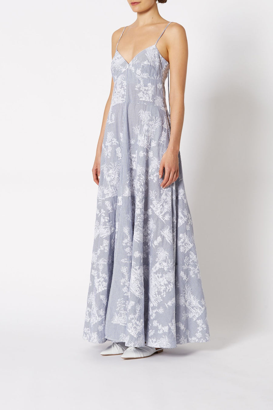 CHINOISERIE EMBROIDERED DRESS WHITE-BLUE, Loose fit, Maxi length