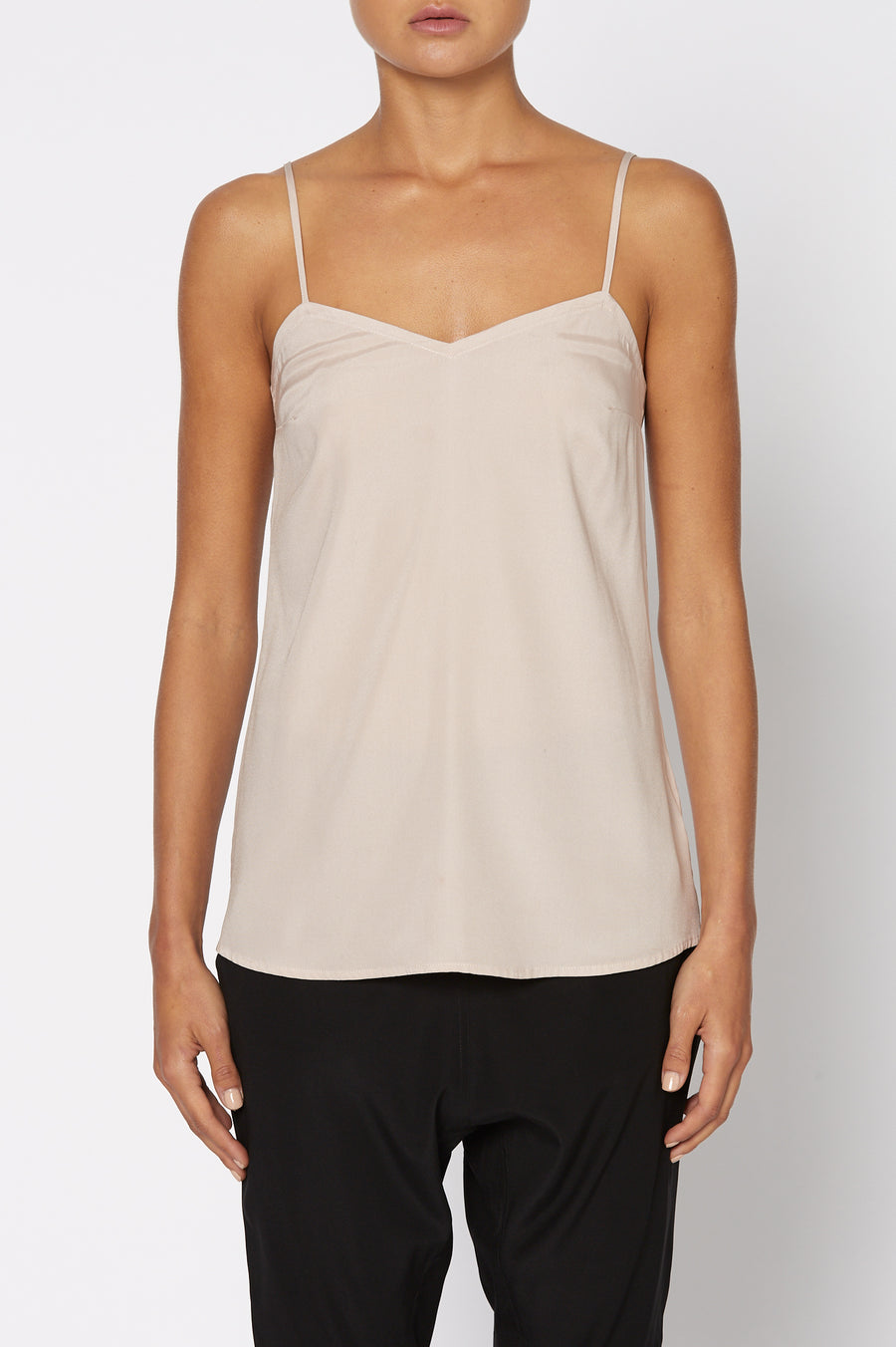 SHOESTRING CAMISOLE, loose fit and features a v-neckline, shoestring shoulder straps, Color Pale Pink