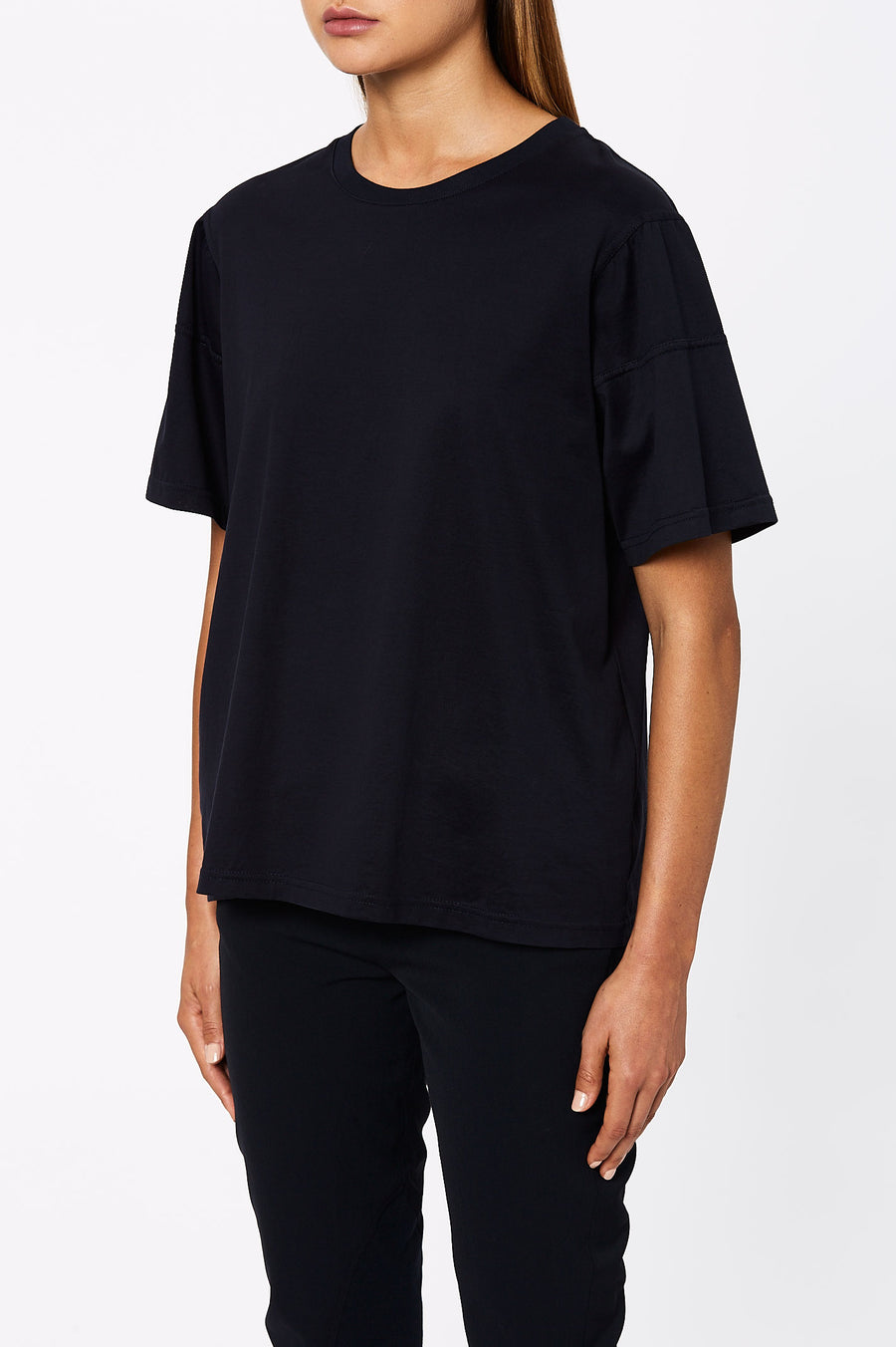 The Mercerised Loose Fit T-shirt is cut for an oversized fit and has a classic crew neckline