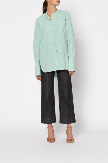 CUT EDGE GRANDPA SHIRT, oversized tailored shirt, button down, round collarless neckline. Color Emerald White