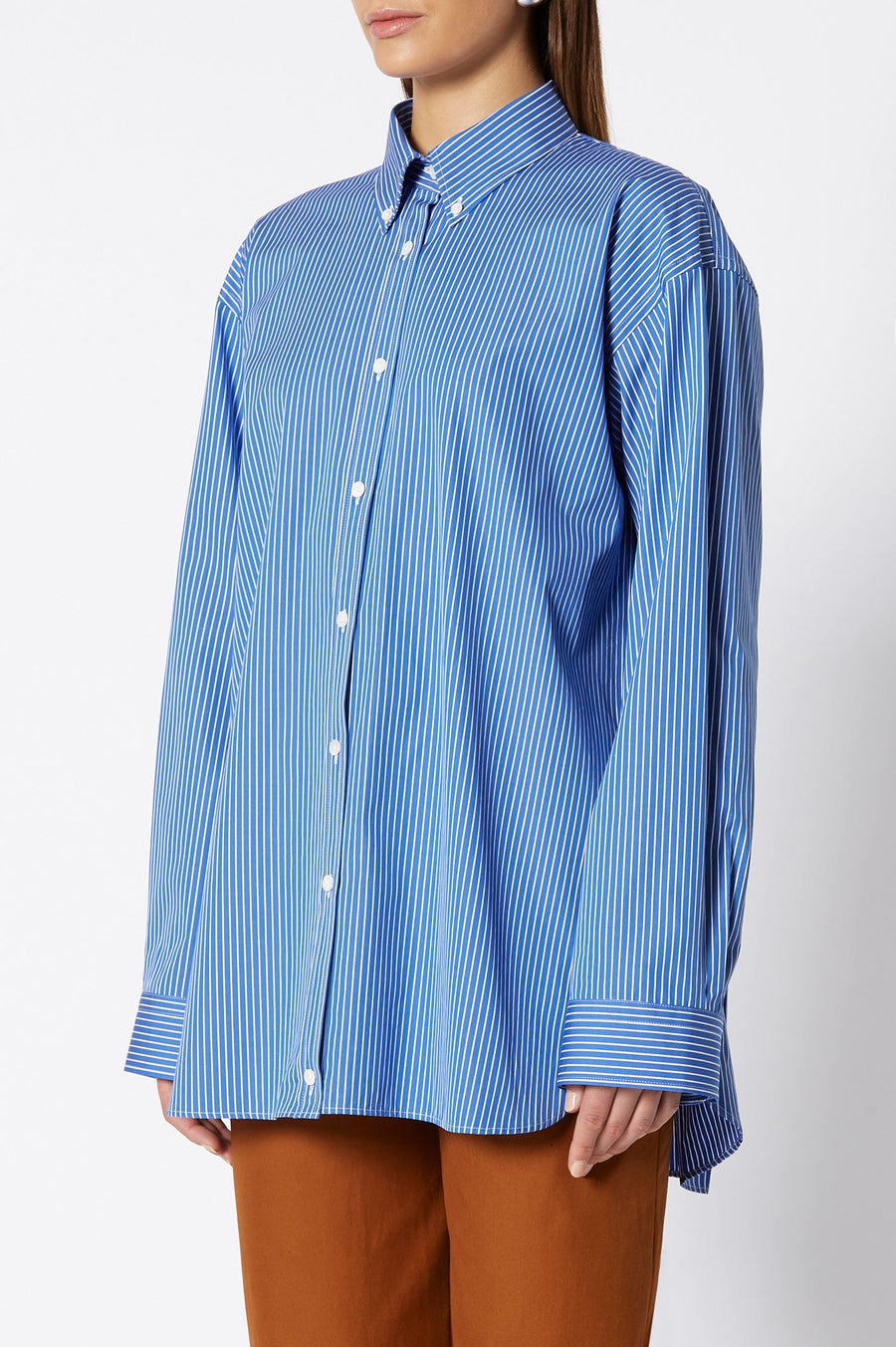 BUTTON COLLAR SHIRT, 100% Turkish cotton, long sleeve, button all the way down, oversize, color marine