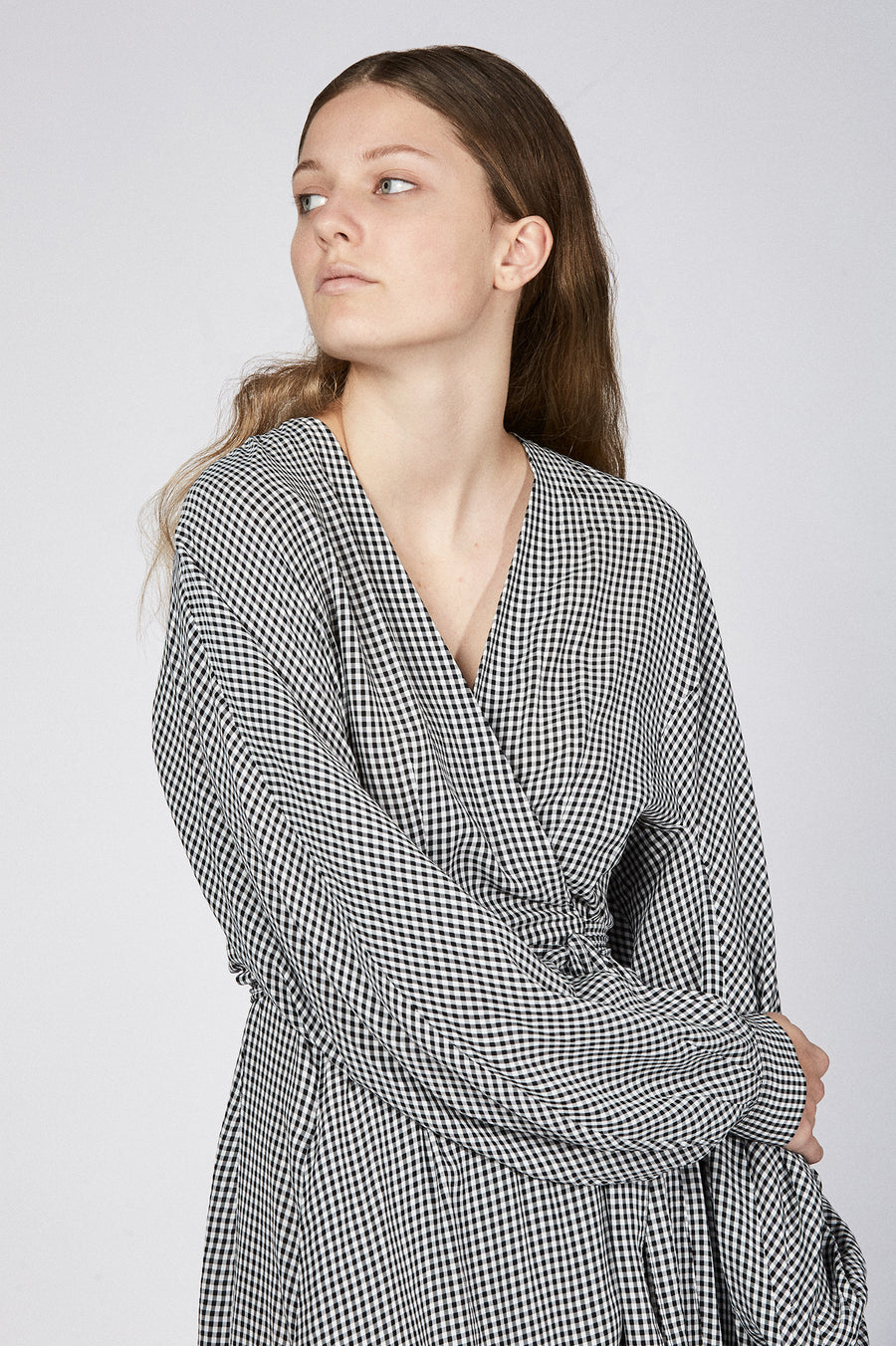 GINGHAM WRAP FRONT DRESS BLACK/WHITE