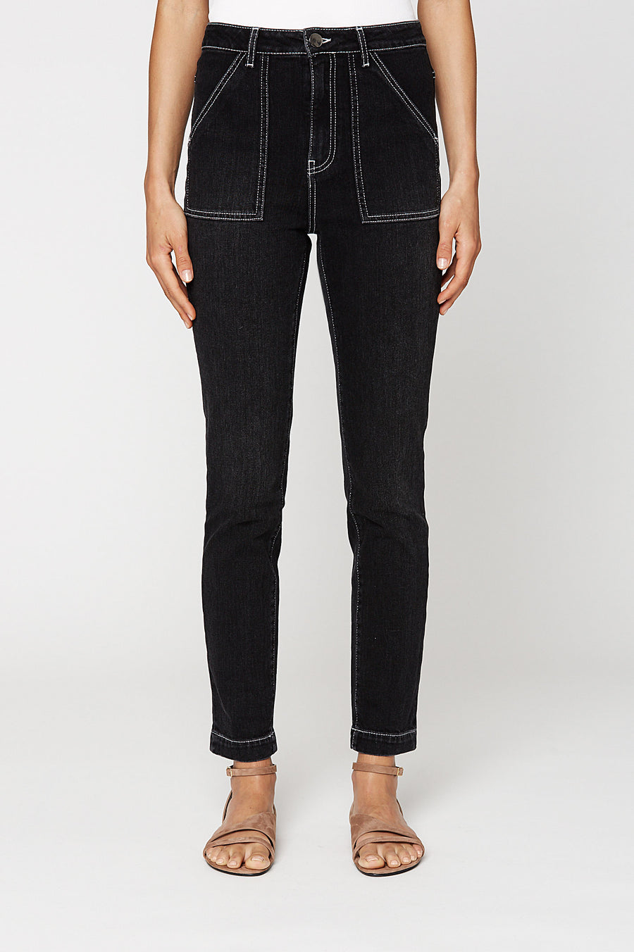 PATCH POCKET JEAN, BLACK color