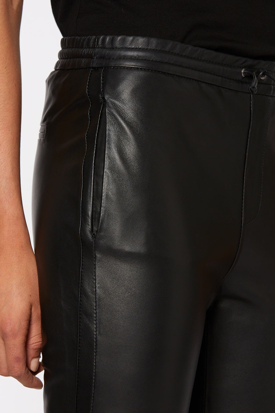 LEATHER JOGGER, DRAWSTRING CLOSURE, FALLS JUST BELOW ANKLE, BLACK color