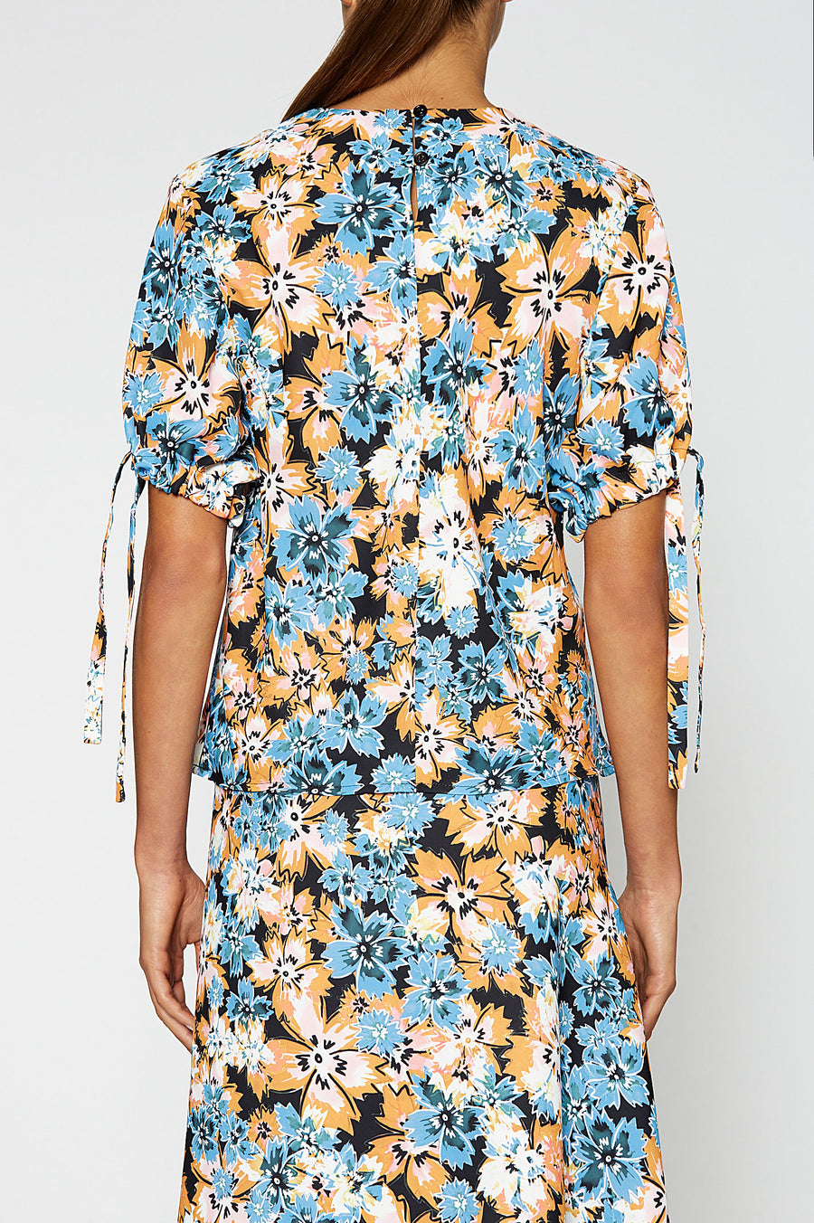 SPIKEY FLORAL TOP