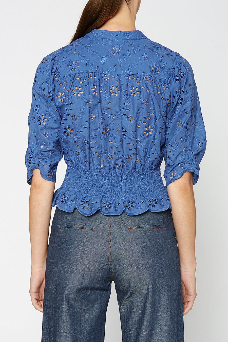 EMBROIDERY RUFFLE TOP BLUE