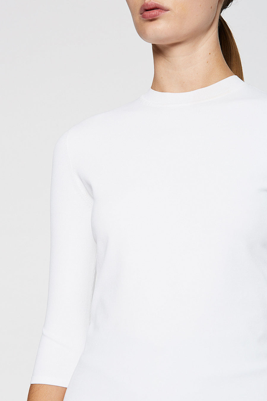 ANGEL CREW NECK SWEATER 18, microcrepe scoop neck. Color White