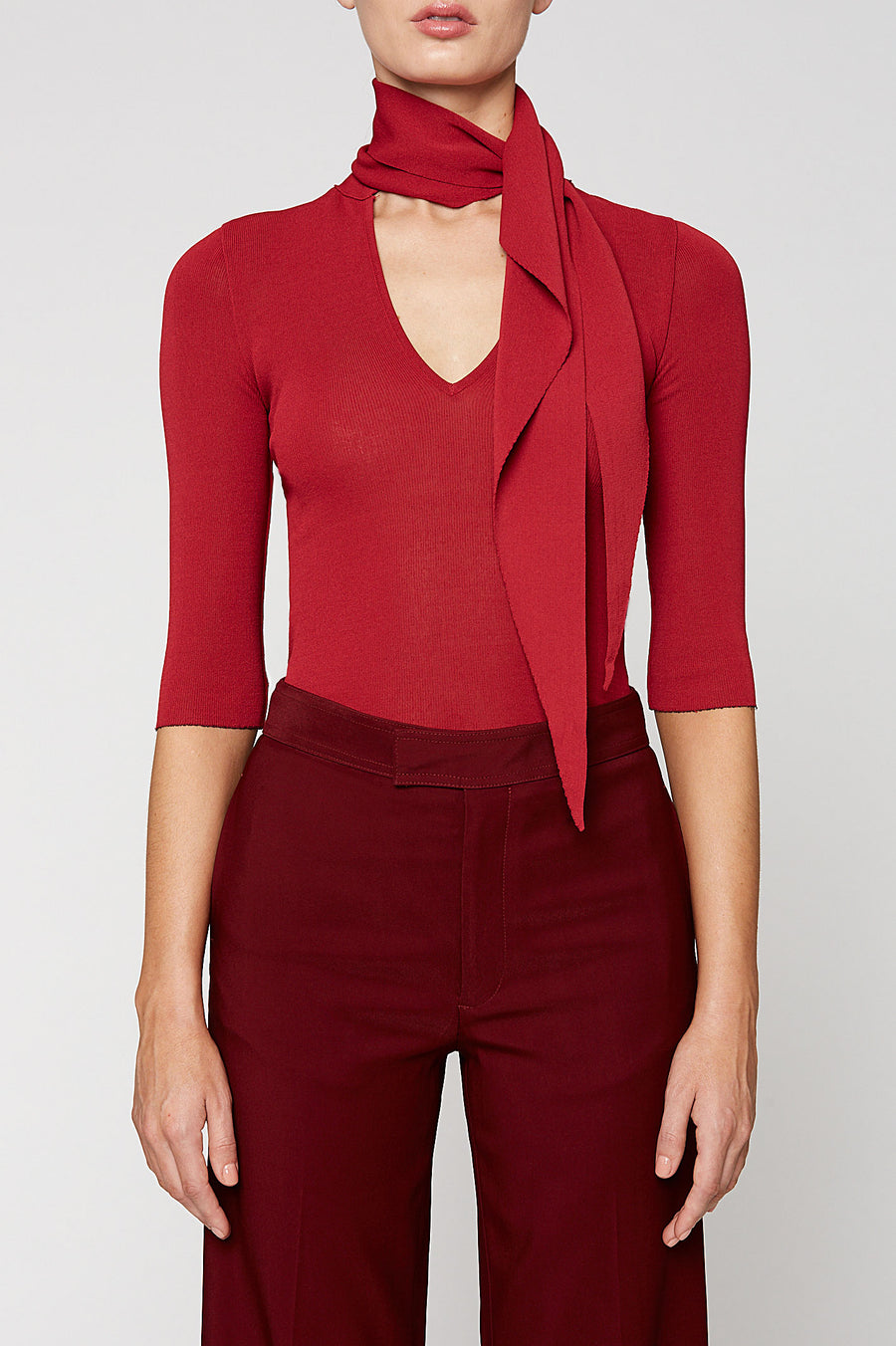 PLEATED RIB CRAVAT SWEATER, RED color