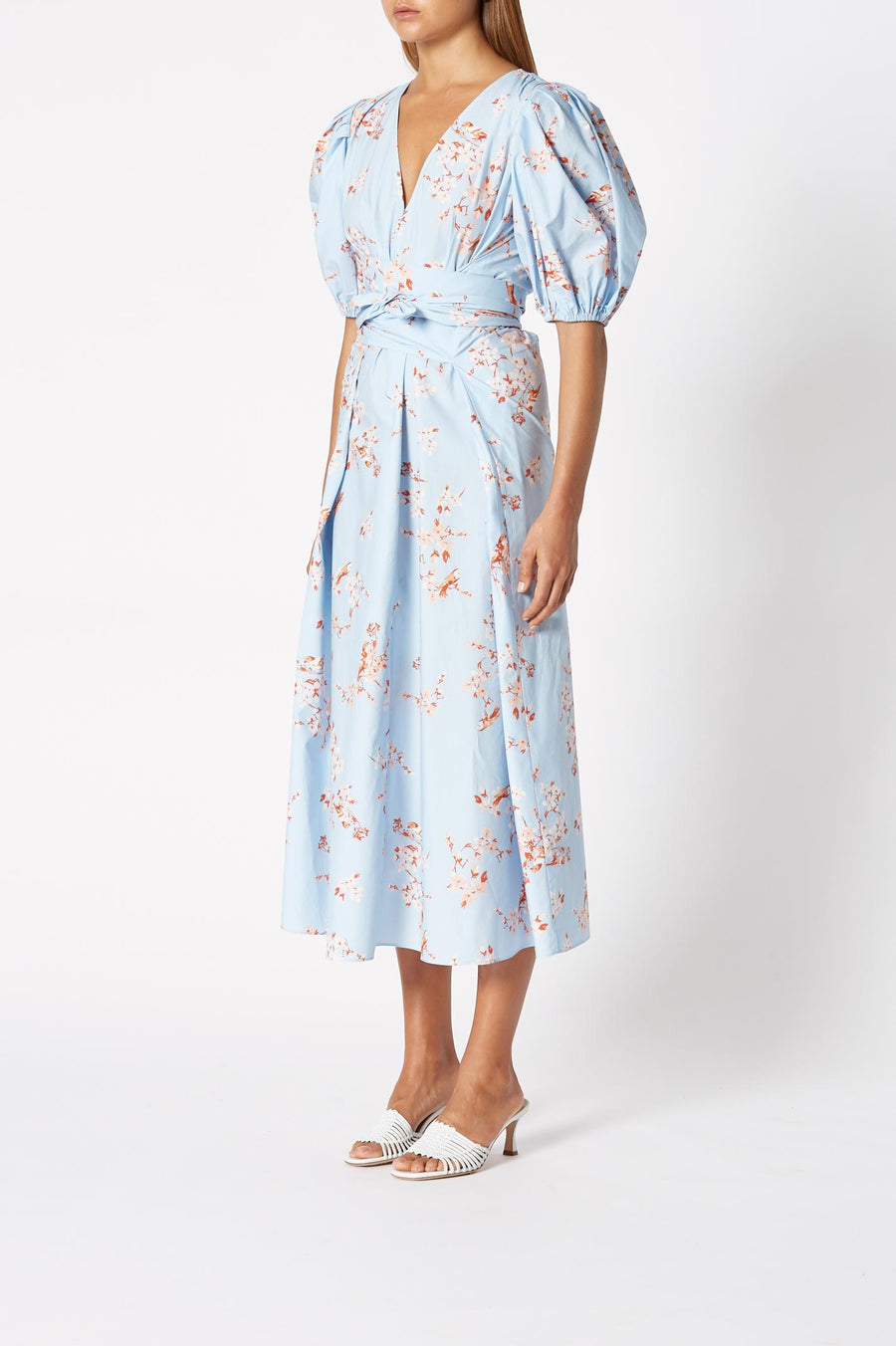 Printed Cotton Dress Sky, midi length, v- neckline, blouson sleeve with elasticated cuff, detachable belt
