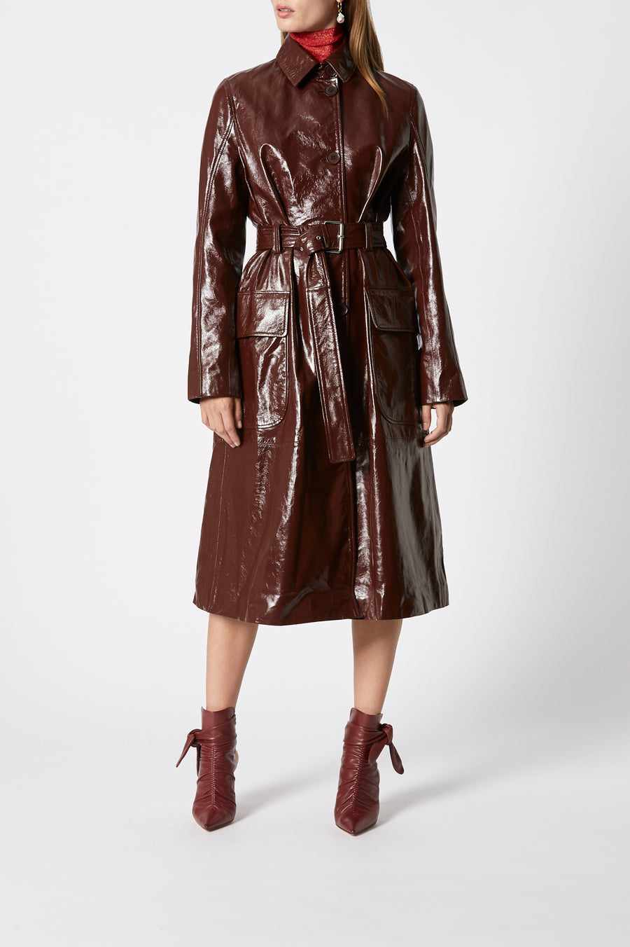 Leather Trench, 100% leather, loose fit, comes with belt, has a collar, long sleeves, button fastenings through the front, Color Cocoa