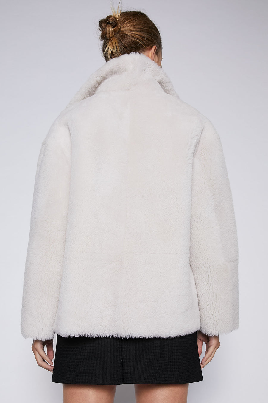 Crafted from luxurious shearling with 100% leather lining, the Shearling Jacket is this season's most coveted silhouette