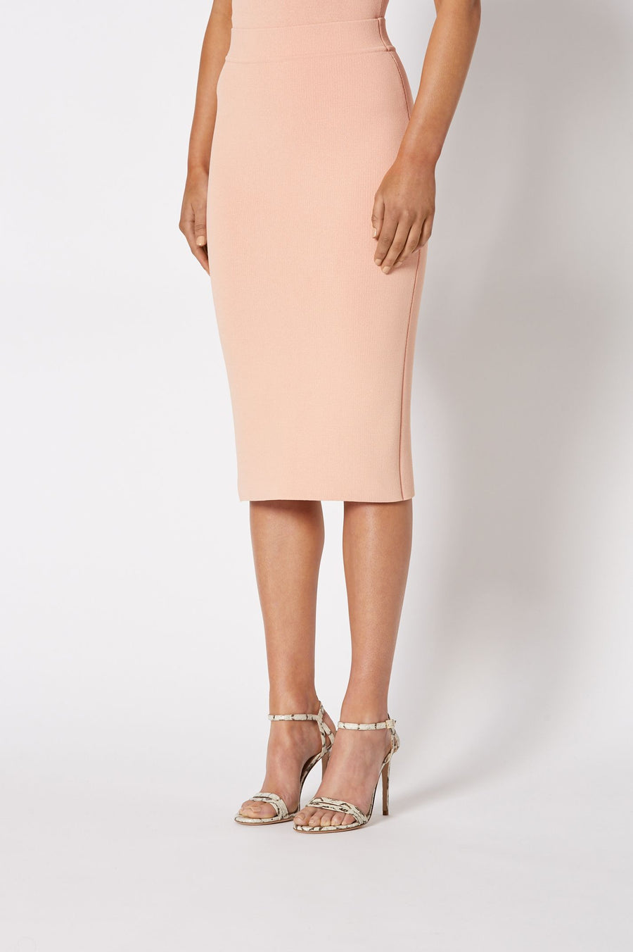 CREPE KNIT SLIT BACK SKIRT PEACH