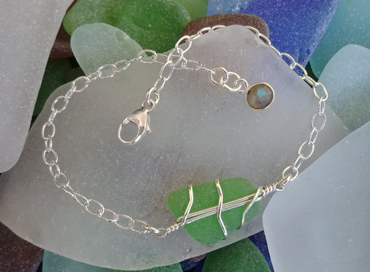 Kelly Green Sea Glass And Sterling Silver Bracelet With Labradorite