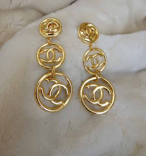 VINTAGE EARRINGS BY CHANEL