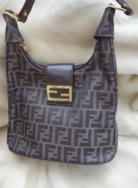 VINTAGE CHANEL LOGO BAG - MIISHKA Vintage Clothing