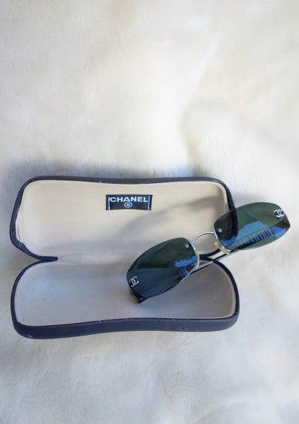 VINTAGE CHANEL SUNGLASSES - MIISHKA Vintage Clothing