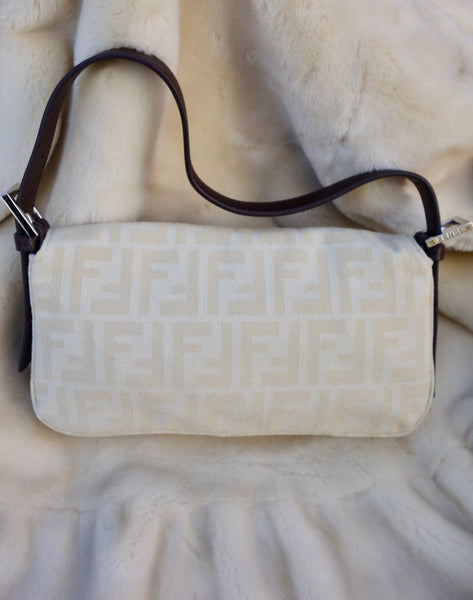 VINTAGE BAGUETTE BAG BY FENDI