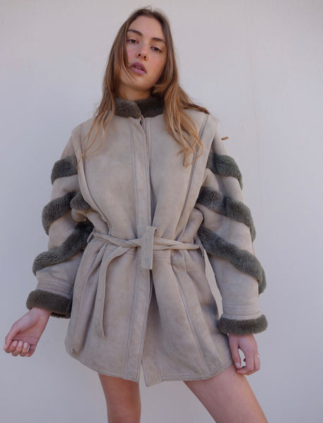 VINTAGE SUEDE SHEEPSKIN COAT