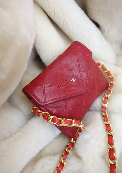 VINTAGE CHANEL POUCH BAG