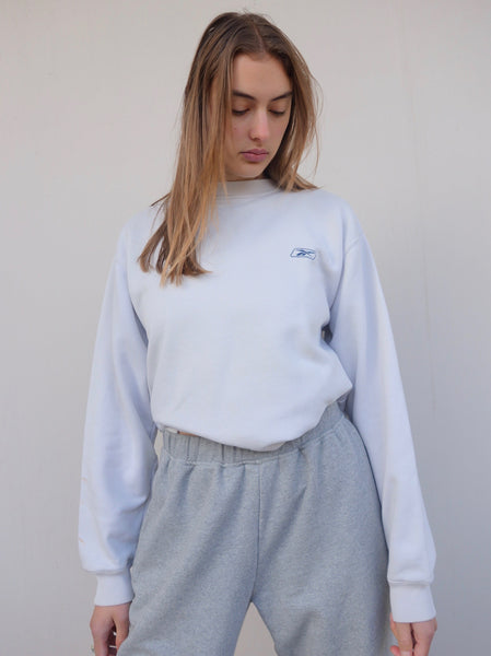 VINTAGE REEBOK SWEATER